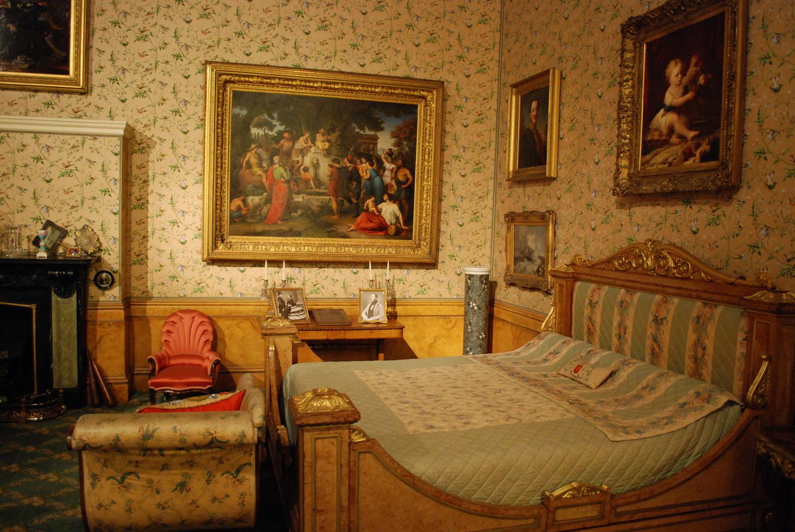 Kuningatar makuuhuone